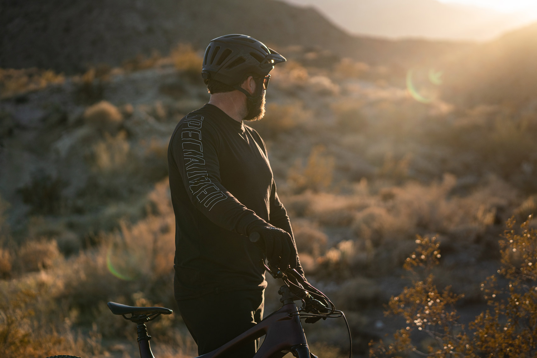 Specialized_S21_MTB_Clothing_Palm_Springs_VanWeelden-345