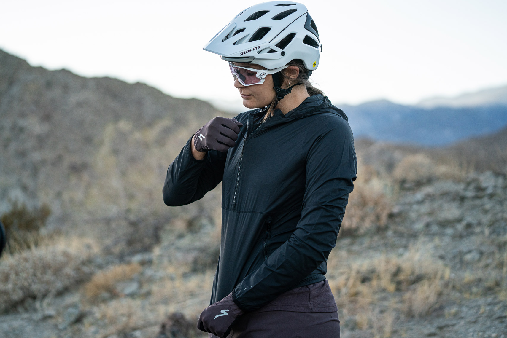 Specialized_S21_MTB_Clothing_Palm_Springs_VanWeelden-348